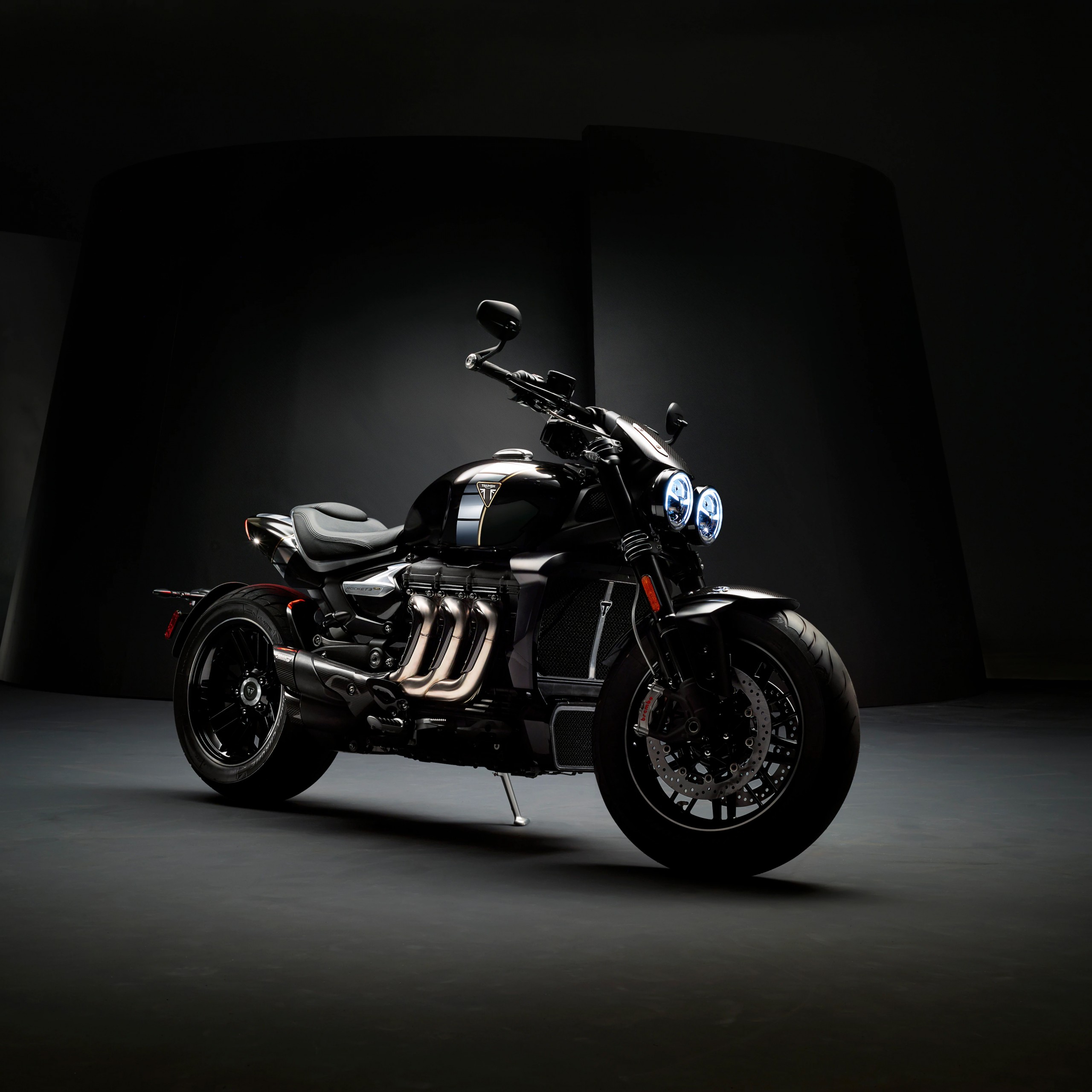 triumph rocket 3 tfc cafe racer 2020 dark background 5k 3397