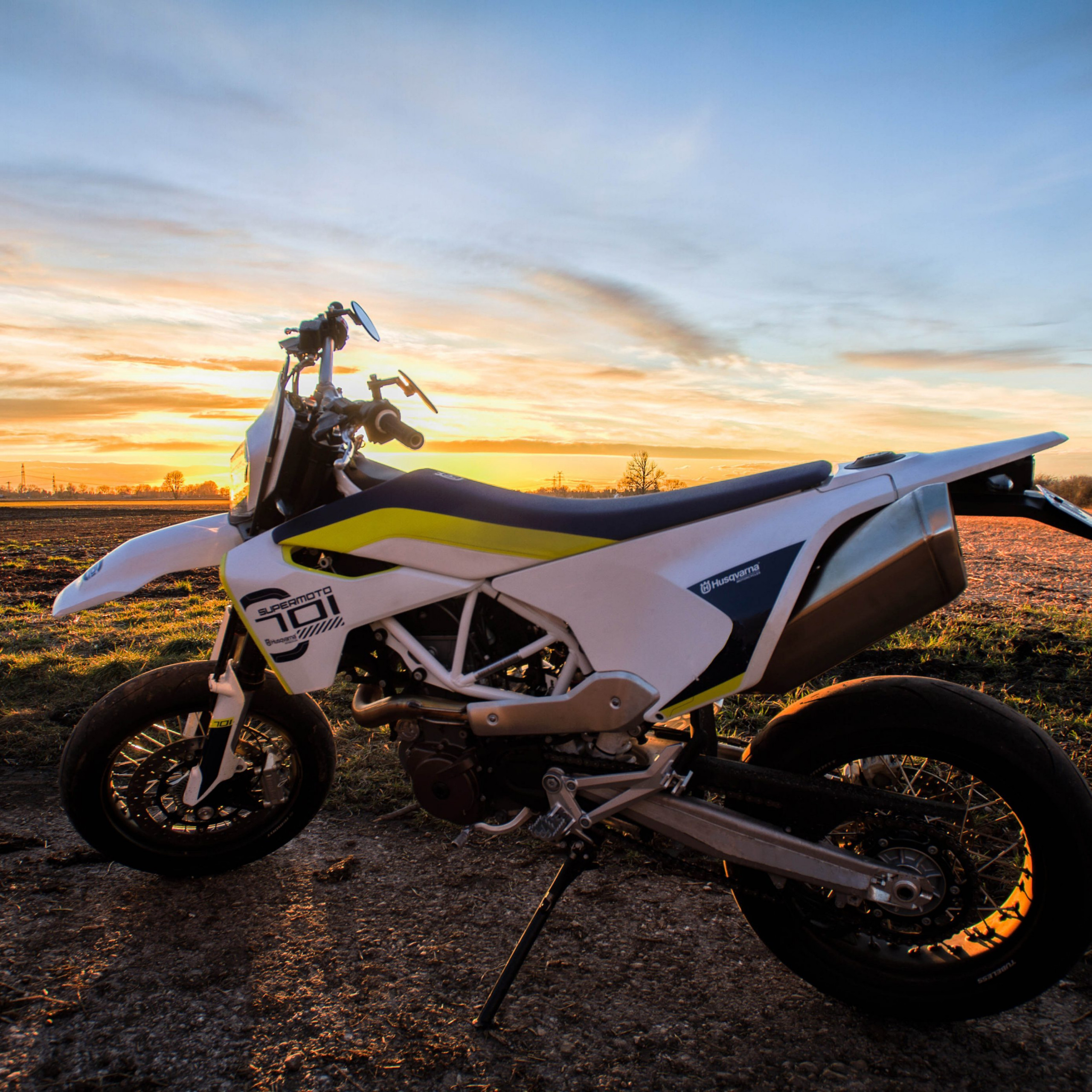 bike motorcycle sunset orange blue sky 4k wallpaper