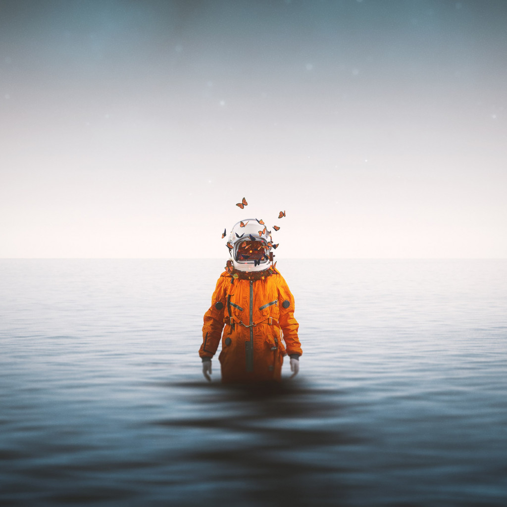 lonely astronaut 1024x1024 mm 90