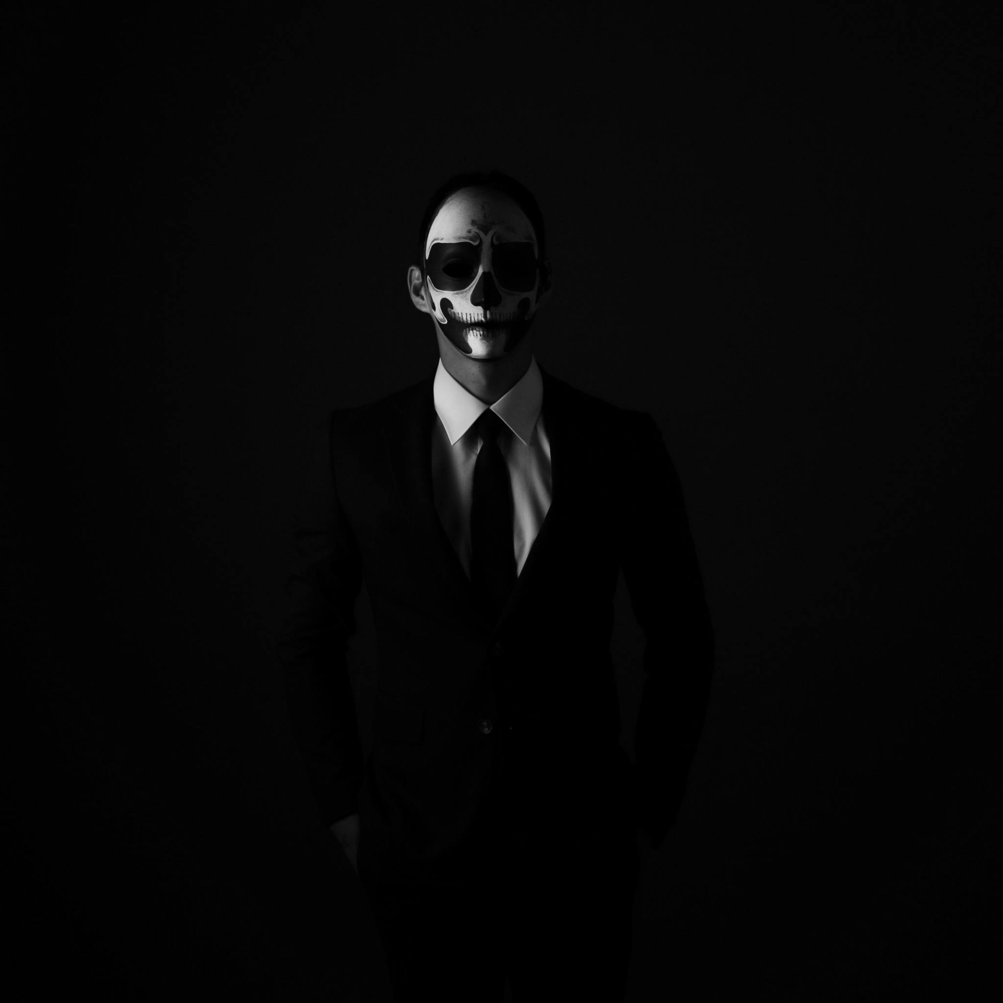 mask anonymous bw tie suit jacket shirt dark 4k