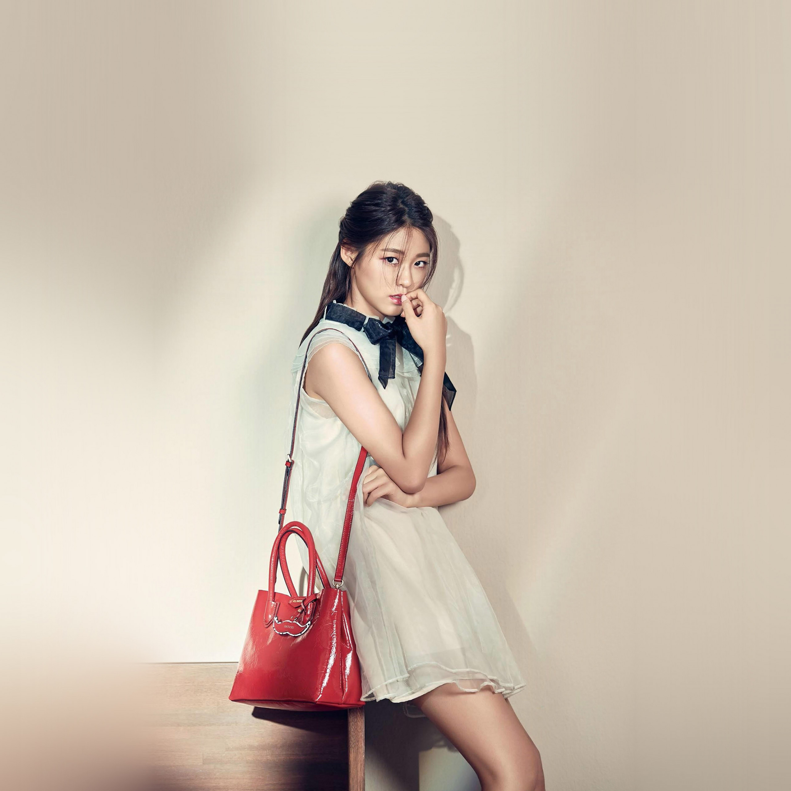 papers hq73 kpop girl sulhyun red bag 40 wallpaper
