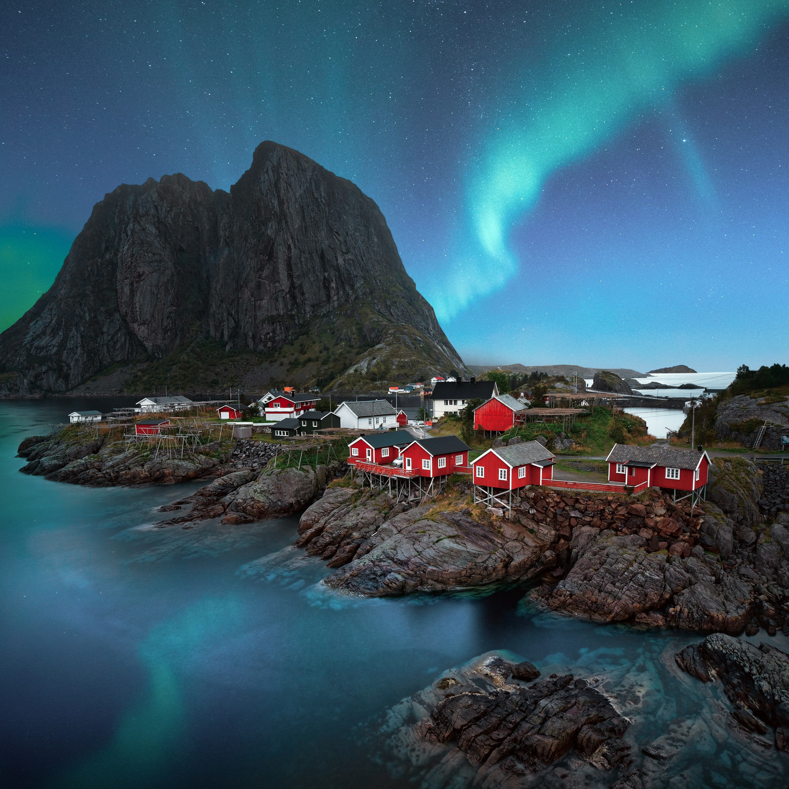 lofoten islands aurora borealis landscape night stars 2560x2560 2419