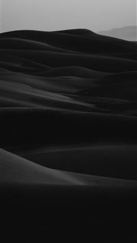 grayscale photo of desert iPhone 8 Wallpapers